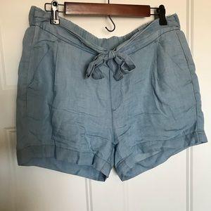 Chambray shorts size M